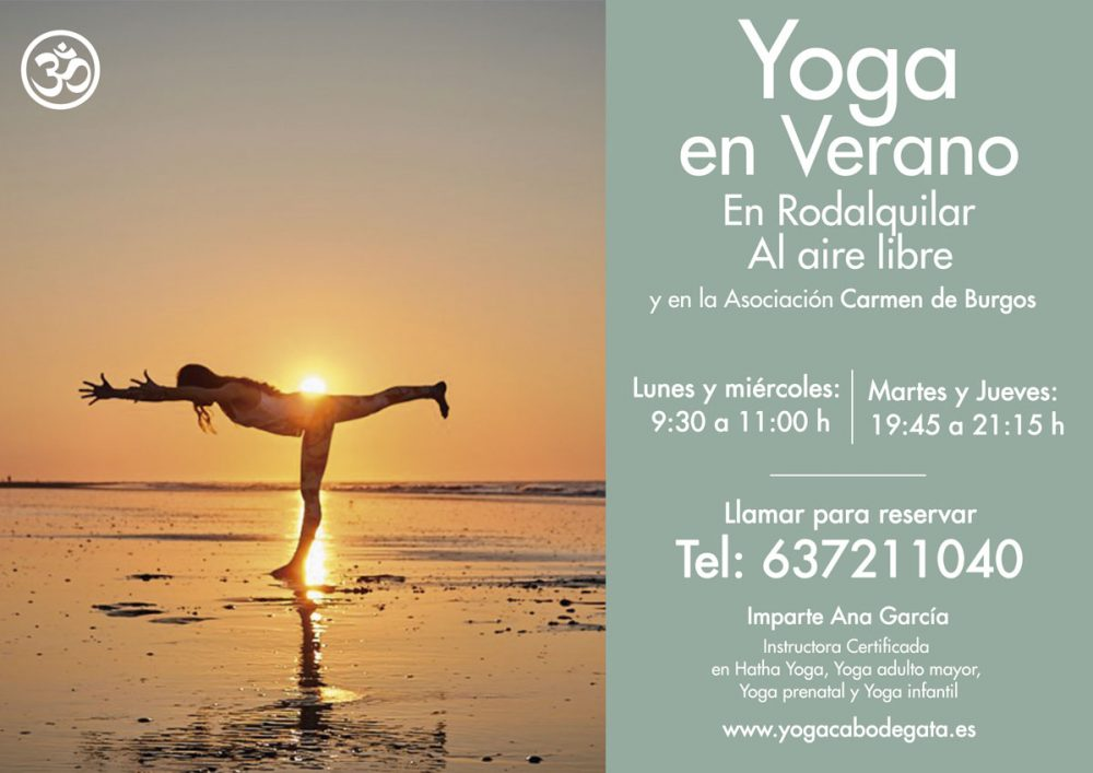Clases de Yoga en verano en parque natural Cabo de Gata