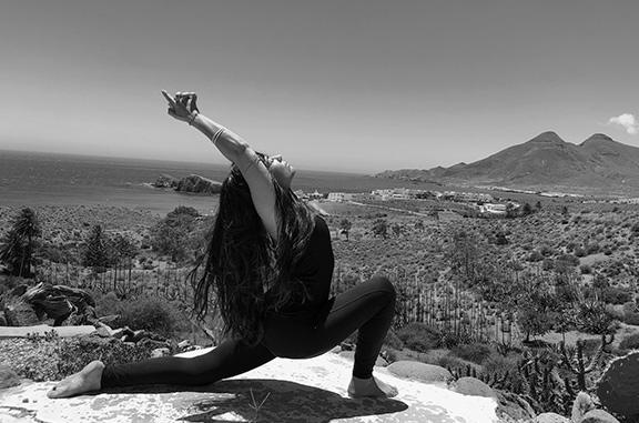 clases hatha yoga verano Cabo de Gata